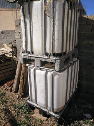bidones de 600 litros