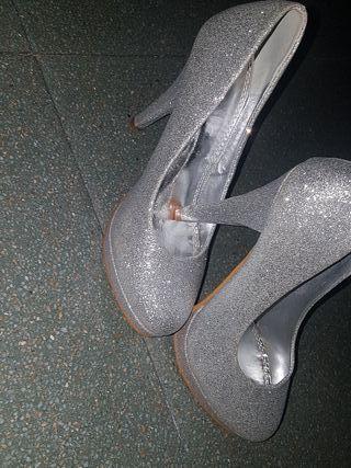 zapatos brillantes de boda