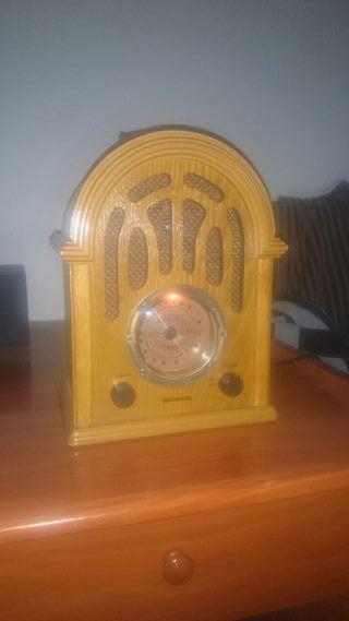 RADIO GRAMOLA GRUNKEL