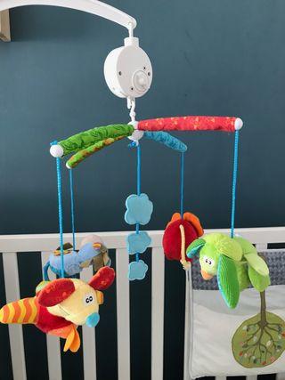 Móvil musical para cuna bébé Toy box de Playgro