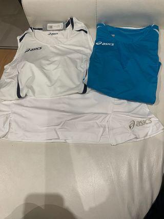 Conjunto falda pantalón y camiseta blanca o azul