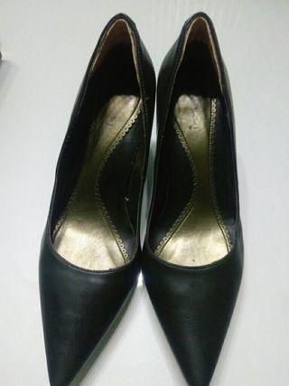 Zapatos tacón mujer.