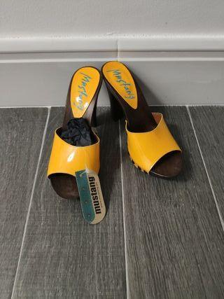 mustang zapato tacon salir 38