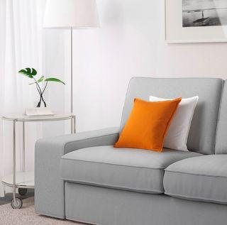 Kivik sofá tres plazas gris claro