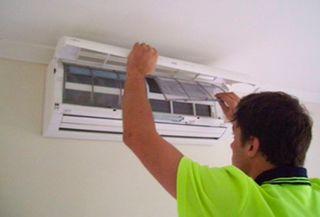 Instador de aire acondicionado