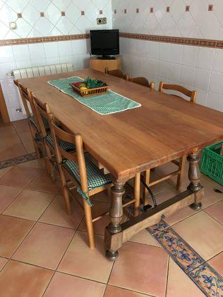 Mesa madera maciza más sillas