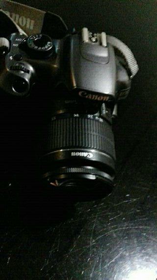 Canon 1200 cámara reflex