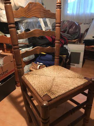 Seis sillas macizas mimbre perfecto