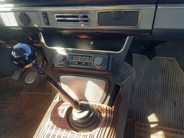 SEAT 124