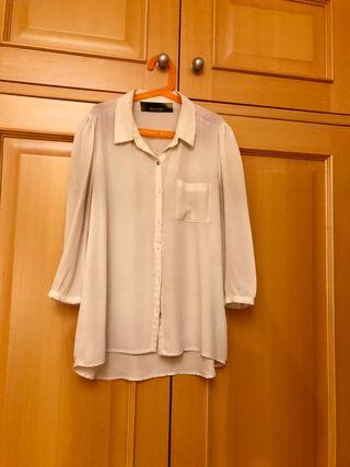 Blusa blanca de fiesta
