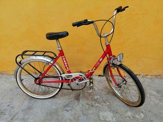 bicicleta antigua de niñ@s