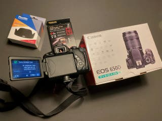 CANON EOS 650D + 18-135mm IS STM