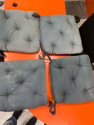 4 cojines para sillas