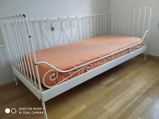 cama divan