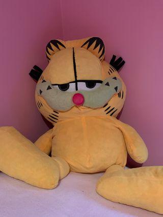 Peluche grande Garfield