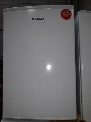 congelador vertical haier de 83x54cm.