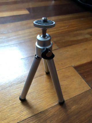 Mini - trípode para cámaras compactas