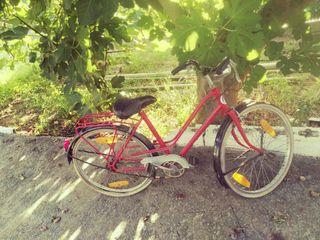 Antigua bicicleta de paseo