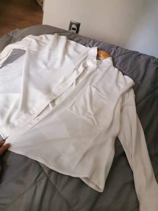 camisa blanca bershka XS