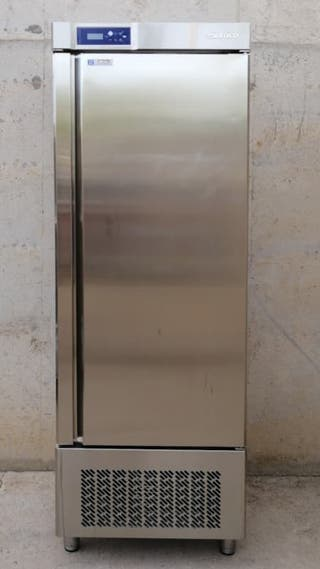 Cambra frigorífica 500l / Cámara frigorífica 500 l
