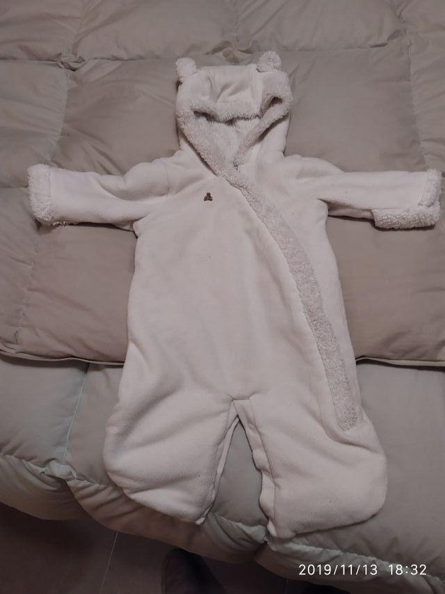 Buzo, ropa bebe de 0 a 3 meses Gap unisex