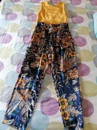 pantalón y camiseta stradivarius