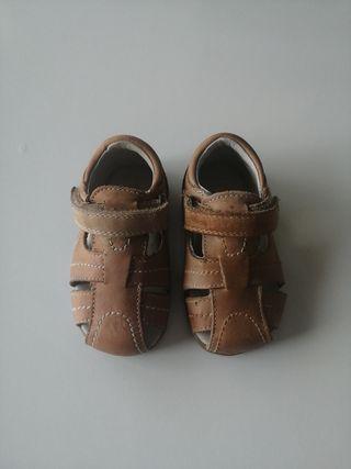 zapatos nuevos por estrenar bebé número 20