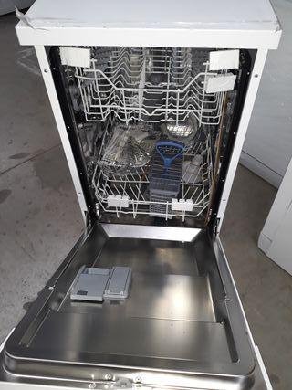 lavavajillas de 45cm essentials de 9 servicios