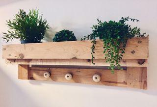 colgador perchero madera palet industrial loft