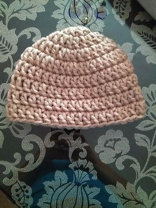Gorros de crochet hechos a mano por encargo