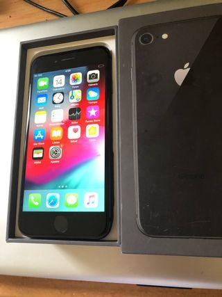IPhone 8 negro 64 gigas