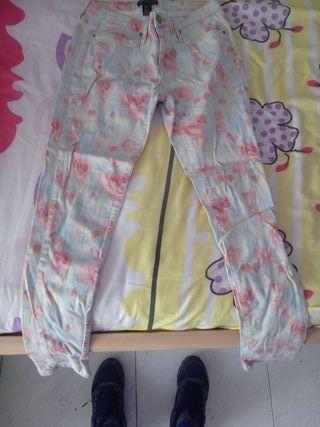 pantalones mango 5 €