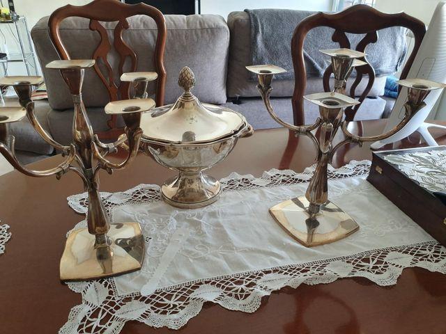 candelabros y sopera