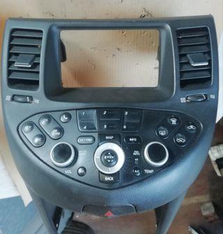 Consola y climatizador Nissan Primera 2.0 16V