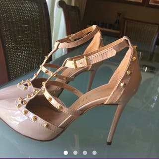 Zapatos de tacón nude