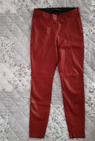 leggins cuero rojo zara