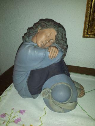 Noa-figura cerámica