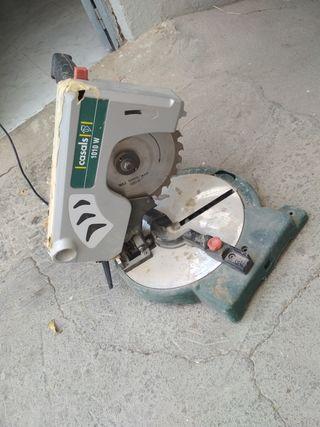 cortadora de madera en inglete