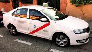 Licencia de taxi martes par