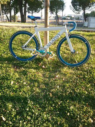 Bicicleta Fixie Single Speed / Piñón fijo y libre.
