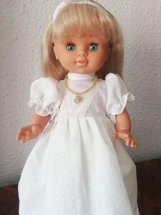 muñeca de comunión años 70