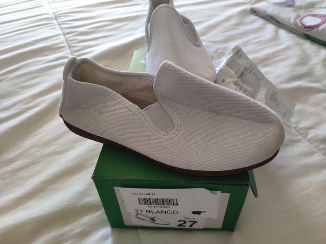 zapatillas blancas niño/a