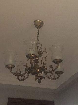 Lampara de bronce de 6 bombillas