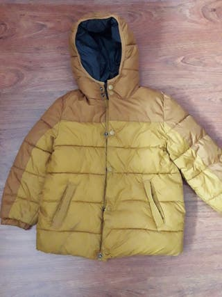 abrigo(plumifero impermeable)
