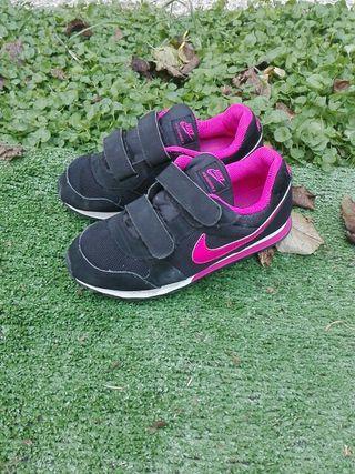 Zapatillas deportistas negras talla 34