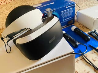 Playstation VR v2, cámara, dos mandos move, juegos