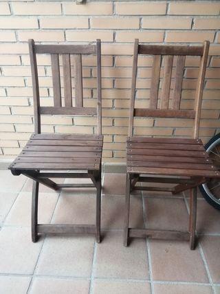 pareja de sillas madera