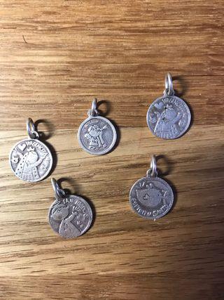 Medallitas de plata