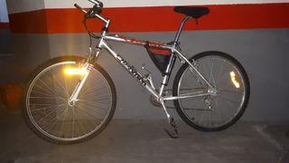 Bicicleta de montaña de 21 velocidades