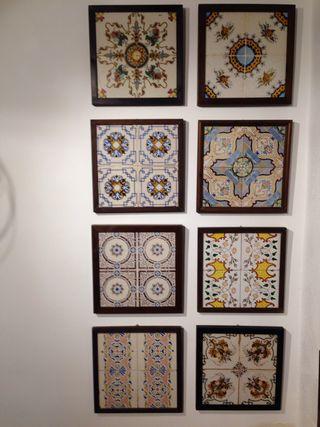8 plafones de 4 azulejos